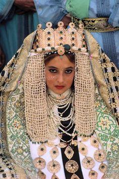 Morocco. Fez. Traditional wedding. Bride wearing gold braided robe. - Maroc Désert Expérience tours http://www.marocdesertexperience