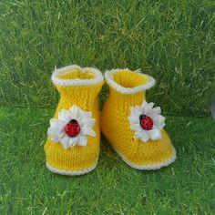 https://www.etsy.com/listing/292753185/lady-bug-baby-booties-yellow-booties?ref=shop_home_active_4&utm_content=buffer5b42c&utm_medium=social&utm_source=pinterest.com&utm_campaign=buffer
