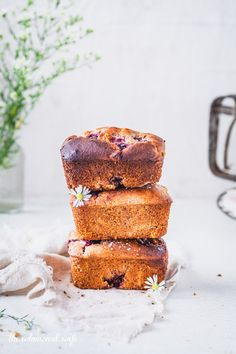 ... mini blackberry & apple loaf ... #recipe