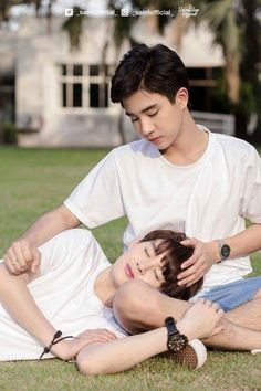Casal BL do Dorama cute: Love by chance Lgbt Couples, Cute Gay Couples, Anime Couples, Tumblr Gay, Couple Silhouette, Korean Couple, Ulzzang Couple, Thai Drama, Young Love