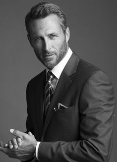 I understand & wish to continue – corporate style Photos Portrait Homme, Pose Portrait, Headshot Poses, Portrait Photography Men, Photography Poses For Men, Business Portrait, Corporate Portrait, Business Headshots, Corporate Headshots