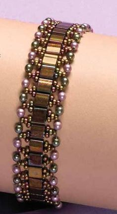 Tila and Glass pearl bracelet tutorial.