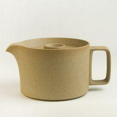 japanese porcelain teapot, via thirddrawerdown