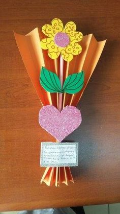 , - Easy Crafts for All Mothers Day Crafts For Kids, Paper Crafts For Kids, Mothers Day Cards, Diy Arts And Crafts, Diy For Kids, Easy Crafts, Toddler Crafts, Preschool Crafts, Mother's Day Projects
