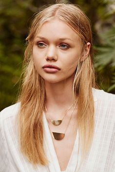 Raquel Double Layer Necklace - Urban Outfitters