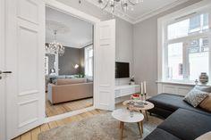 FINN – V/ SLOTTSPARKEN - Strøken, nyoppusset 5-roms selveier m/2 delikate bad, lekkert kjøkken og påkostet standard!