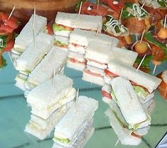 Need a quick and elegant party idea? How about serving afternoon tea? Here are some recipes!