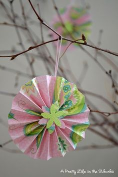 making-paper-accordion-flowers