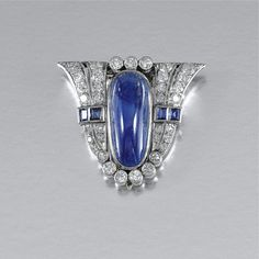 SAPPHIRE AND DIAMOND CLIP BROOCH, 1930s - Sotheby's