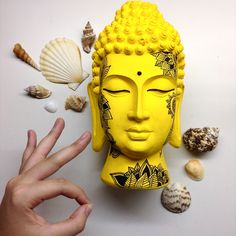 Know that there is something inside you that is greater than any obstacle. Concrete Sculpture, Sculpture Clay, Sculptures, Buda Zen, Asian Inspired Decor, Buddha Decor, Drummer Gifts, Buddha Tattoos, Mixed Media Sculpture