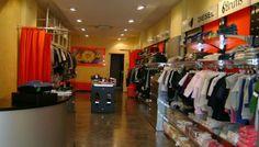 Occasione: Vendo arredamento completo per negozio abbigliamento. Prezzo €. 6.700,00.