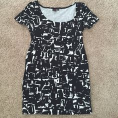 Material Girl Black and White BodyCon Mink Dress Worn but still in good condition. Size large but could fit as a medium as well. Material Girl Dresses Mini
