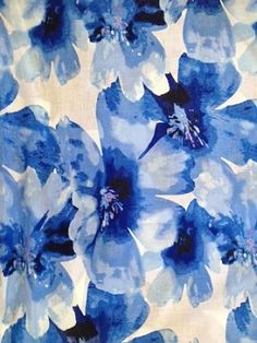 Maggy London - Blue Water Lilies