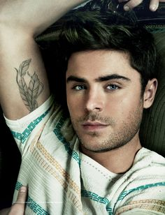 Great men's pose. Also just yummy portrait of Zac Efron.