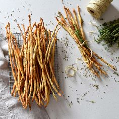 Thyme, Fennel Seed and Lavender Grissini — Visually Delicious - Sella Ethelstone Coriander Seeds, Fennel Seeds, Breadsticks Recipe, Italian Bread Sticks, Tray Bakes, Muffins, Snacks, Crack Crackers, Gastronomia