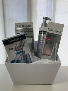 Gift Flawless Skin with Neutrogena #GIVEAWAY - Naturally Cracked
