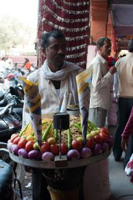 Jaipur – eating, staying and getting about