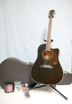 @Ciscostudios.com/ Guitars & More