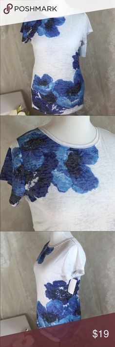 """INC Blue/White Floral T-Shirt NWT  Size XXL Cute and lightweight. 29% cotton 71% polyester. Bust is 42"""". Smoke free home. Machine washable. INC International Concepts Tops Tees - Short Sleeve"""