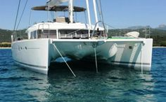 LAGOON 560- 2011 For Sale Price: € 1,136,000.00 VAT Paid: No Location: Med - E Our Ref: 12802 ENQUIRE ABOUT THIS BOAT www.multihullworld.co.uk #catamaran