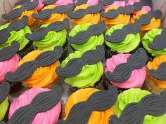 mustache cupcakes