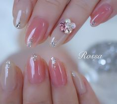 Image may contain: one or more people and closeup Sexy Nails, Nude Nails, Acrylic Nails, Korean Nail Art, Korean Nails, Japanese Nail Design, Japanese Nails, Kawaii Nails, Glamour Makeup