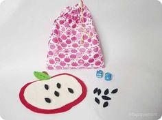 Das Apfelkerne-Zählspiel - Ein DIY zum Spielen, Zählen und Rechnen.