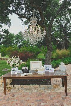 That chandelier!
