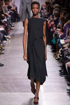 Zac Posen Fall 2016 Ready-to-Wear Fashion Show - Maria Borges
