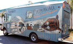 Do you want to run a food truck business, then you should look at this 35 amazing food truck design ideas. The Nordic The Nordic is a visual identity created for a scandinavian Food Truck. Food Trucks, Pizza Food Truck, Food Truck Design, Food Design, Design Ideas, Ciabatta, Starting A Coffee Shop, Mobile Restaurant, Vehicle Signage