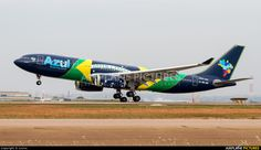 Azul Linhas Aéreas Airbus photo by Lvcivs Azul Brazilian Airlines, Fly Baby, Flying With A Baby, Military Aircraft, Airplanes, Nice, Classic, Photos, Campinas