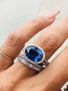 Something borrowed something BLUE XO. Trendy Fashion Jewelry, Fashion Jewelry Necklaces, Modern Jewelry, Jewelry Accessories, Vintage Jewelry, Fine Jewelry, Jewelry Design, Glass Jewelry, Fashion Earrings