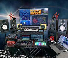 Modern Music Studios Home Recording Studio Setup, Home Studio Setup, Music Studio Room, Dream Studio, Home Music Rooms, Gaming Room Setup, Vintage Design, Music Studios, Austin Tx