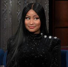The rapper made Stephen Colbert, blush bright red during her appearance on Monday on The Late Show Funny Reaction Pictures, Meme Pictures, Nicki Minaj Wallpaper, Nicki Minaj Barbie, Nicki Minaj Pictures, Response Memes, Reaction Face, Current Mood Meme, Memes Br