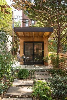 <p>The Warren Mews Townhouse is an three-story high, eleven foot wide, single family house with private garden and writer's shed located in the neighborhood of Cobble Hill, Brooklyn. The house was selectively gutted and completely transformed to create a luxury home for a married couple and their growing family. The existing garden shed was replaced […]</p>