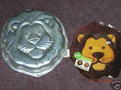 Wilton Cake Pan: Jungle Lion Wilton Cake Pans, Cake Mold, Jungle Lion, Lion Cakes, Cake Piping, Jungle Cake, Baking Supplies, Baking Pans, Cake Decorating