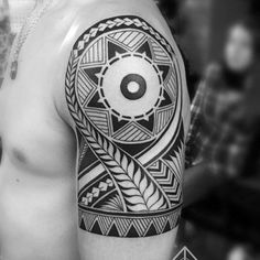 163 Tatuajes de Mandalas para Mujeres y hombres - Mandalas Maori Tattoos, Armband Tattoos, Filipino Tribal Tattoos, Samoan Tattoo, Rose Tattoos, Sleeve Tattoos, Tatoos, Sun Tattoo Tribal, Tribal Tattoos For Men