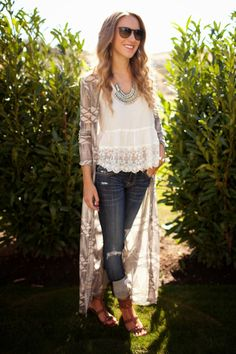 We LOVE how blogger Ashley Mickey styled our Monterey Long Cardigan! Find it at ShopRedClover.com!