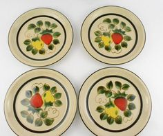 Strawberries Design Dinner Plates (#4112) Lot of 4 Vintage 1971  | eBay
