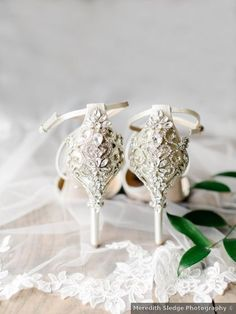 Wedding shoes ideas - silver, details, designs, elegant, summer {Meredith Sledge Photography}