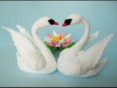 Taube häkeln - YouTube Crochet Amigurumi, Crochet Baby, Free Crochet, Crochet Dishcloths, Crochet Stitches, Crochet Patterns, Single Crochet Stitch, Knitting Blogs, Sewing Leather