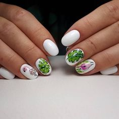 Nail Art magnetic designs for fascinating ladies. White Manicure, White Nail Art, White Nail Polish, White Nails, Beach Nail Art, Beach Nails, Nail Art Design Gallery, Best Nail Art Designs, Marine Nails