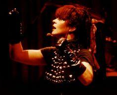 Toyah Willcox @ Hammersmith Odeon, London 6.12.1983 Rebel Run Tour