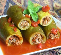 Kousa Mahshi - Middle Eastern Stuffed Zucchini (need to change one or two things to make it paleo)
