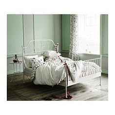 IKEA - LEIRVIK, Bed frame, Leirsund, 140x200 cm, , 42 slats of layer-glued birch, divided into 5 comfort zones, adjust to your body weight and increase the suppleness of the mattress.