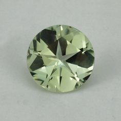 Description : GREEN AMETHYST PANTAGON ROUND WITH STAR CUT BACK (DES#44) 15MM Product Size : 15MM Grade : Approx weight per piece : 11.06 ...