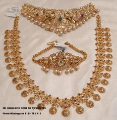 Special offer prices for full Wedding jewellery ready selection or made to order. Beautiful bridal set with lakshmi kasu haaram chiker and necklace. Contact no 8125 782 02 July 2018 Indian Jewelry Sets, Indian Wedding Jewelry, Bridal Jewelry Sets, Bridal Jewellery, India Jewelry, Temple Jewellery, Bridal Accessories, Gold Earrings Designs, Gold Jewellery Design