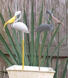 Pvc Pipe Bird Planters Made From One Piece Of Pvc Designed Pattern - Modern Pvc Pipe Crafts, Pvc Pipe Projects, Outdoor Projects, Outdoor Crafts, Bamboo Planter, Bamboo Wall, Pvc Furniture, Mosaic Garden Art, Diy Cutting Board