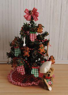 Miniature Kitchen Christmas Tree W Por Littlethingsbyanna En Etsy Trees Ornaments