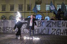 Narodowcy idą po Kaczyńskiego